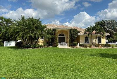 5973 SW 54th Ct Davie FL 33314