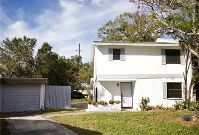 2086 Los Lomas Drive Clearwater FL 33763