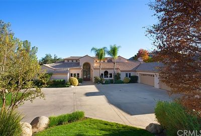 22285 Bear Creek Drive N Murrieta CA 92562