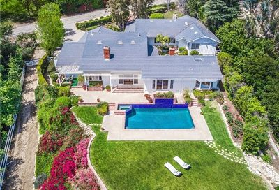 2 Outrider Road Rolling Hills CA 90274