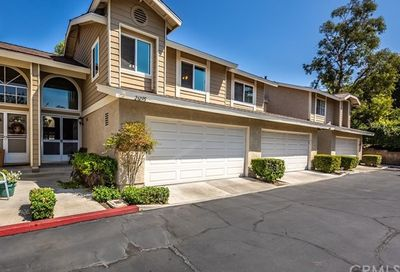 26295 Lily Glen Lake Forest CA 92630