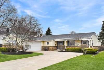 1718 South Chesterfield Drive Arlington Heights IL 60005