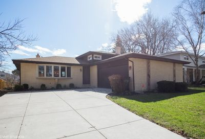 735 South Dryden Place Arlington Heights IL 60005