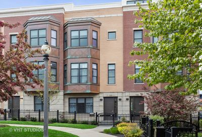 737 West 15th Street Chicago IL 60607