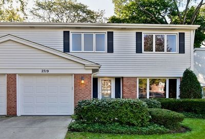 2719 East Bel Aire Drive Arlington Heights IL 60004