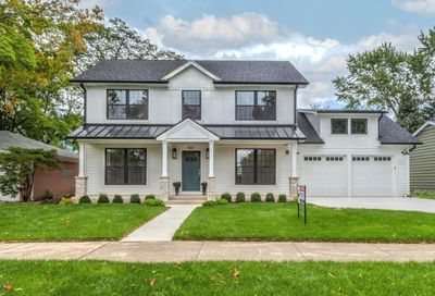 801 Park Plaine Avenue Park Ridge IL 60068