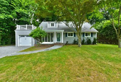 300 Prospect Sea Cliff NY 11579