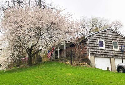2 Miller Place Rd Miller Place NY 11764