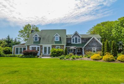 55 S Windsor Ave Brightwaters NY 11718
