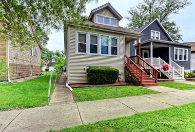 11029 S Troy Street Chicago IL 60655