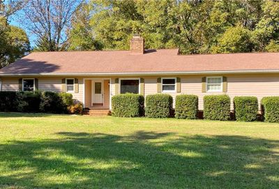 5 Forest Hill Road Belmont NC 28012