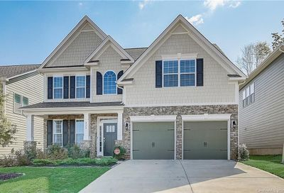 220 Robinwood Lane Lake Wylie SC 29710