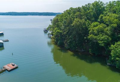 5892 Kiowa Road Lake Wylie SC 29710
