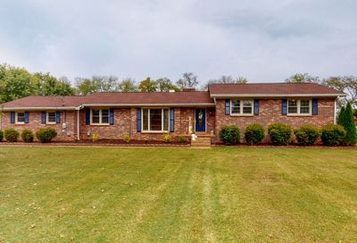 1111 Silver Meadow Dr Lebanon TN 37090