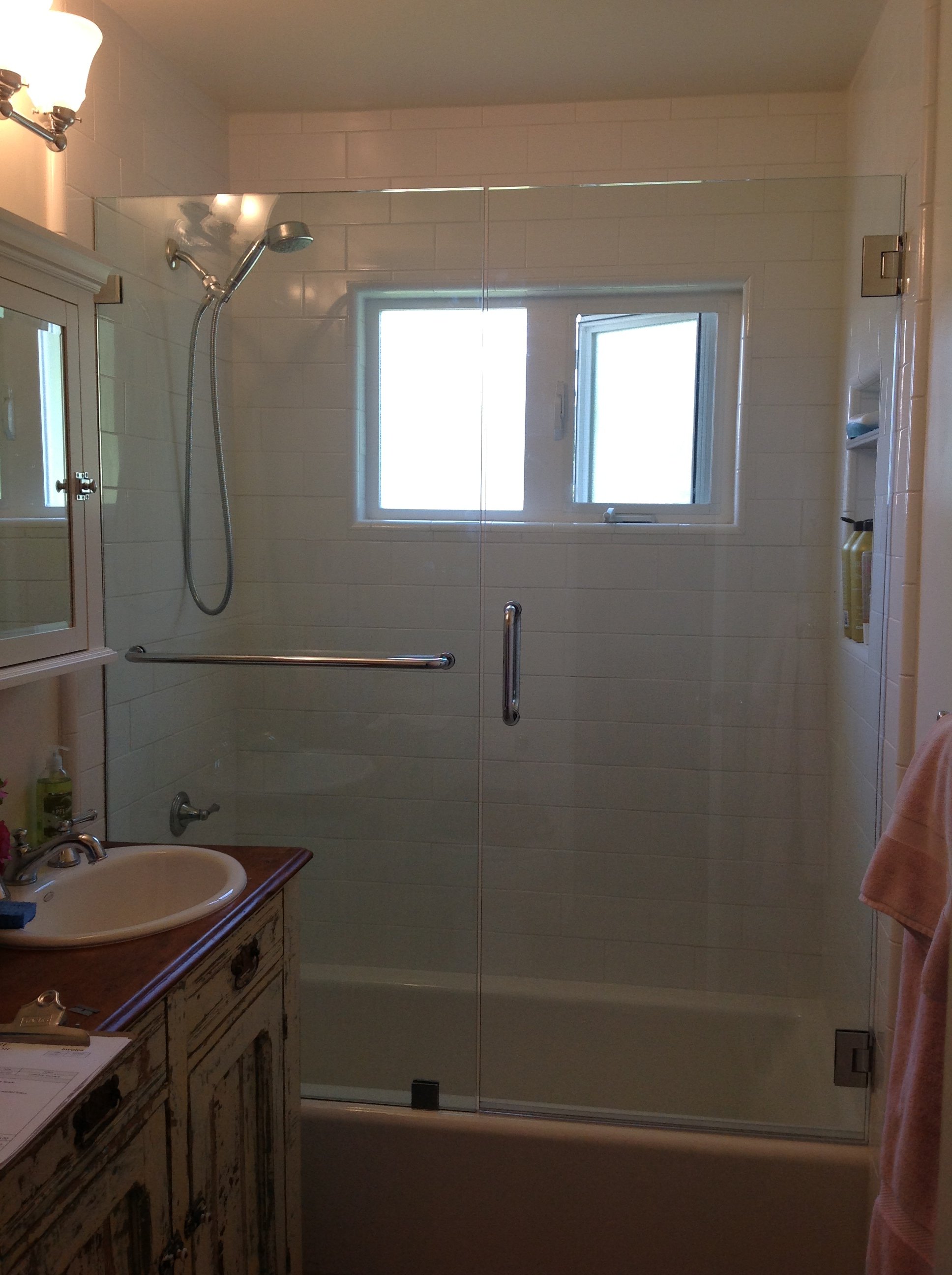 Frameless Shower Enclosures For Bathtubs Showcase Shower Door