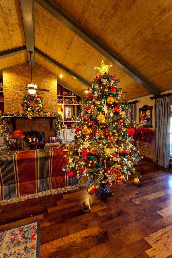french country christmas tree decorating ideas french country christmas tree - French Country Christmas Decorating Ideas
