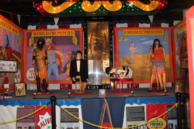 "alt=""carnival sideshow"""