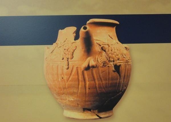 Ваза из древнего публичного дома в Салониках