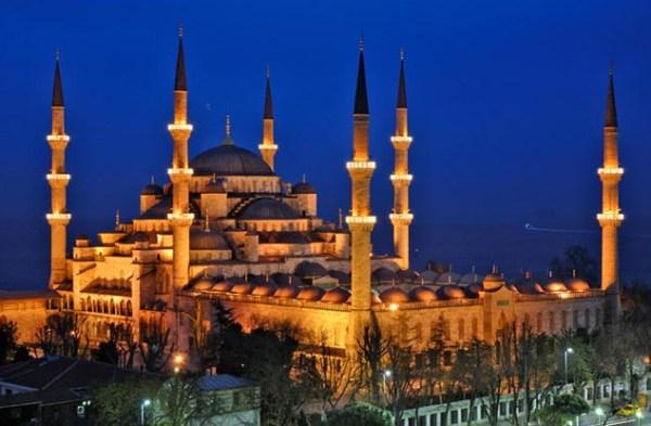 Sultanahmet Camii night