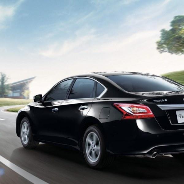 Nissan Teana 25  V6 AT NIK 2013  Harga  Spesifikasi  Review June 2019