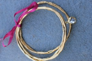 Circle of White light gold bangle gift set