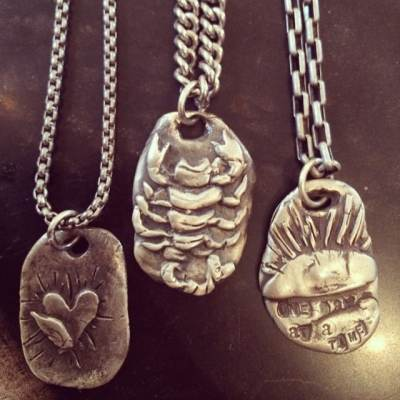 Need a great gift for Father's Day?! Show The Love for Dad by giving him one of our cool unisex dog tag style silver necklaces! This week we are offering the Hunk of Burning Love, Kill Em With Kindness Scorpion, and One Day at a Time at 20% off! Use coupon Inspire20 at checkout! #fathersdaygift #dad #dogtag #silver #showthelovejewelry #silvernecklace #mensnecklace #unisexnecklace