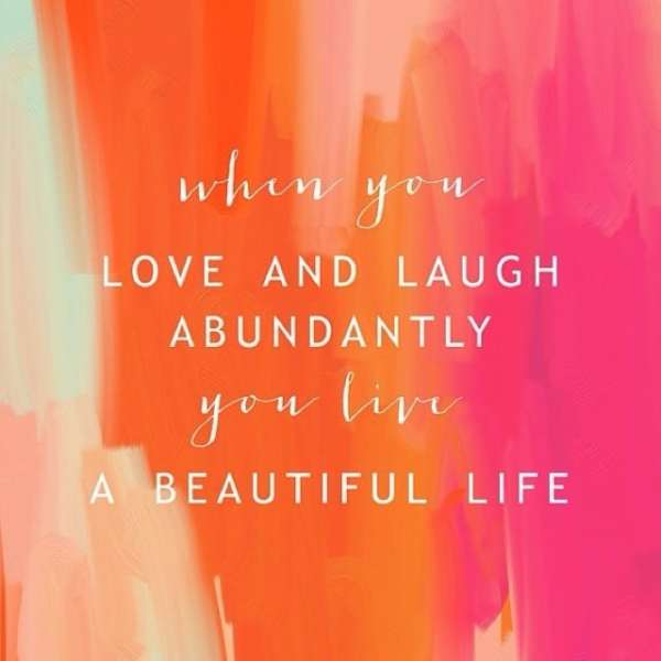 A nice reminder for this Wednesday afternoon! #showthelovejewelry #loveandlaugh