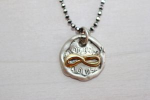 mothers day show the love necklace