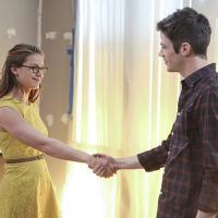 """Muzyczny crossover """"The Flash"""" i """"Supergirl"""" w marcu. Kto zaśpiewa? Znamy detale!"""