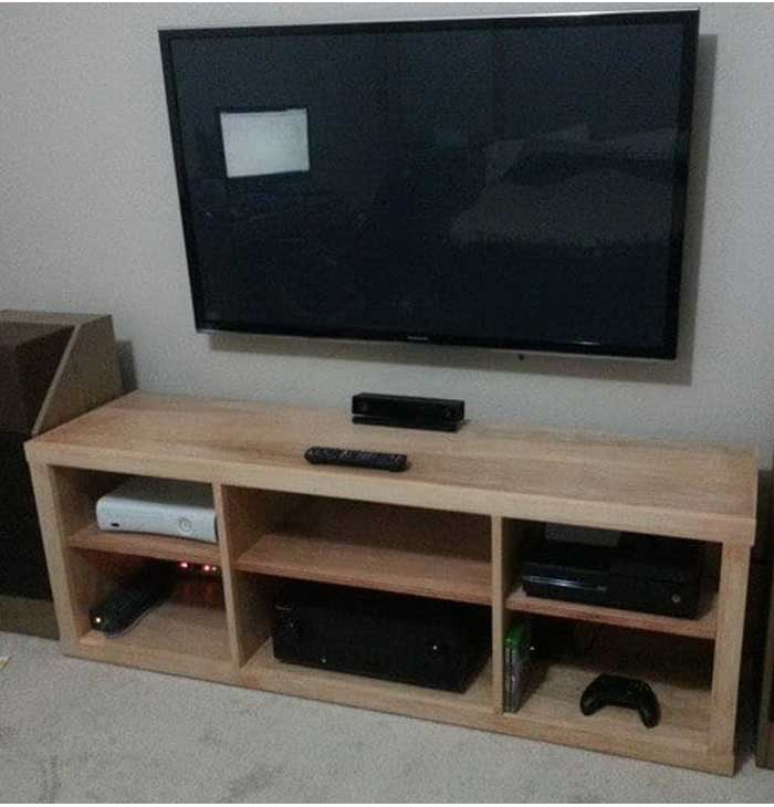 Build A Simple DIY TV Stand Using Wood