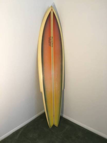 Aipa Surfing's New Image Sting 1