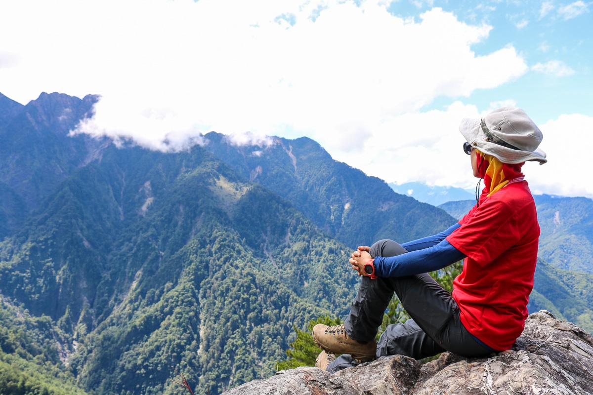 一生只爬這次 玉山前峰單攻感想 無敵厭世石瀑是噩夢不是百岳新手入門