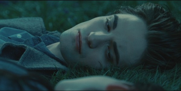 Twilight Edward Cullen Robert Pattinson lying down close up grass screencaps images pictures photos screengrabs stills movie