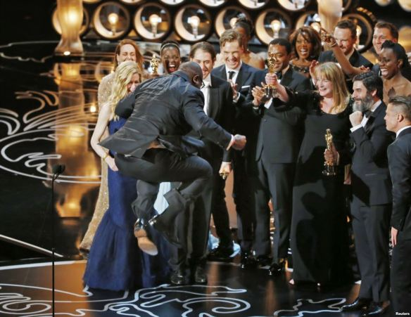 """12 Years a Slave"" wins best picture Oscar"