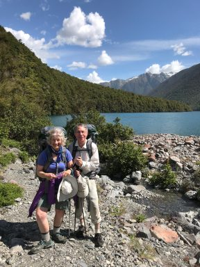 Nelson Lakes NP, Lake Rotoiti, Lorrie and Jonathan