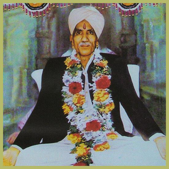 Bapu-Des-Raj-Ji-Maharaj