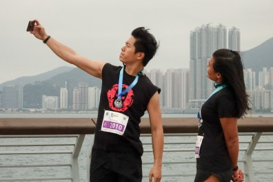 Here is the moment which worths a snapshot with your love one after reaching the finish line together.