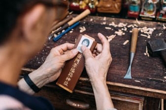 Besides statues, many customers ask them for help to make the traditional spirit tablet for ancestors.