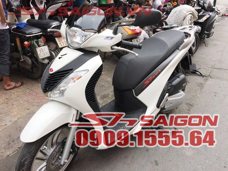 Kính chắn gió cho xe SH Việt Nam 2012 2013 2014 2015 2016 phong cách SH Ý – Hàng Made in Italia