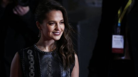 gettyimages-Alicia Vikander