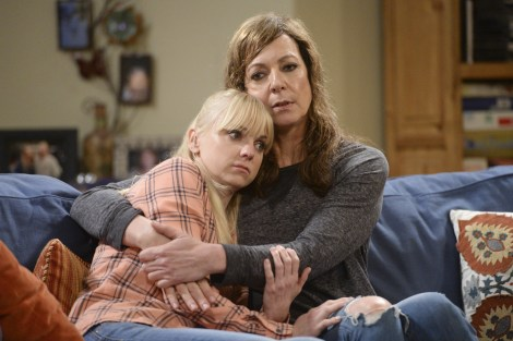 From left to right: Anna Faris, Allison Janney, Photo Credit: CBS
