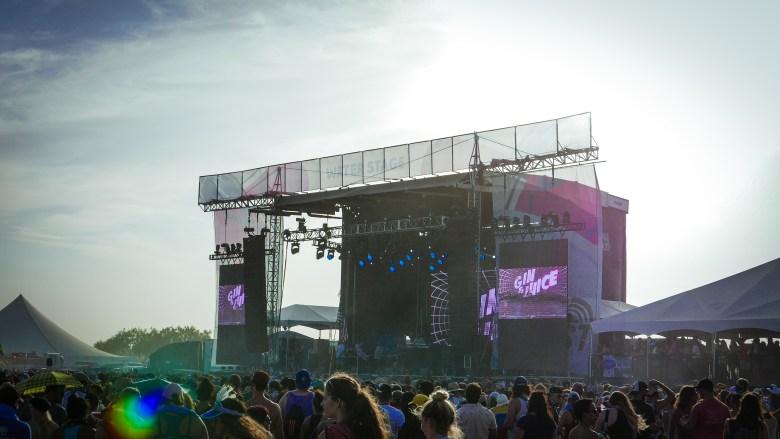 Snoop Dogg Float Fest 2018