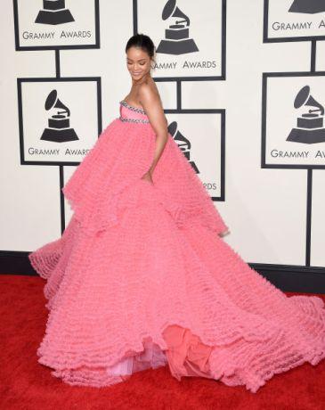 Rihanna - Giambattista Valli Couture