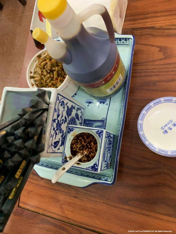 中国の食堂の調味料