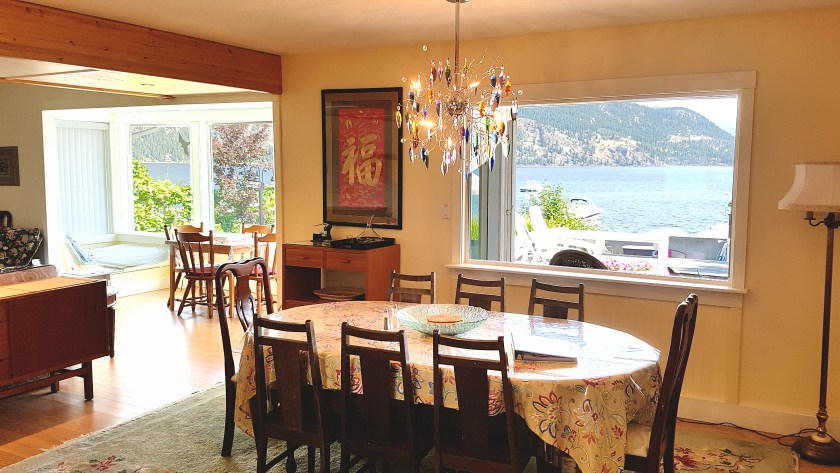Shuswap Vacation Rental with view of lake from dining room