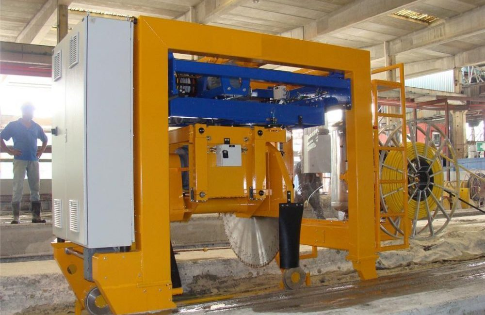 TDM SAWING MACHINE