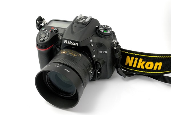 Top 7 Reasons Why You Should Buy A Nikon D7100 - Shutterstoppers