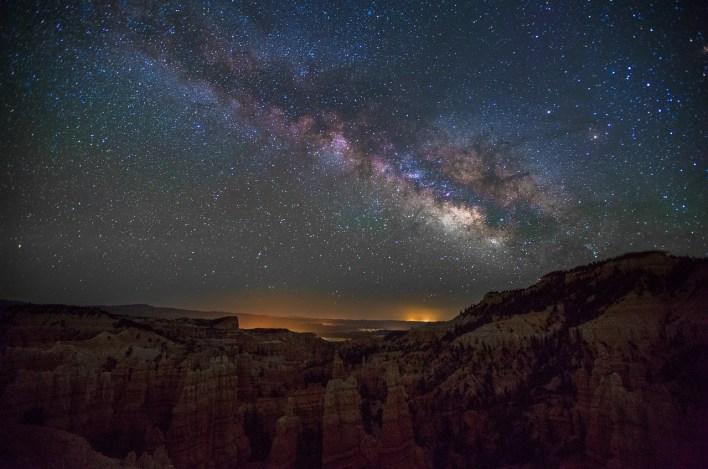 Milky Way night photography Fairyland canyon Utah