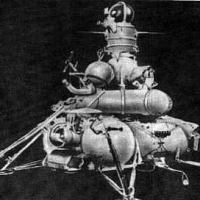 [:en]Luna probe for the lunar soil return[:ua]АМС Луна для збору та доставки місячного ґрунту[:ru]АМС Луна для сбора и доставки лунного грунта[:]