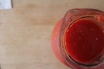 רסק עגבניות, אפשר להכין גם מקופסת שימורים של עגבניות קלופות
